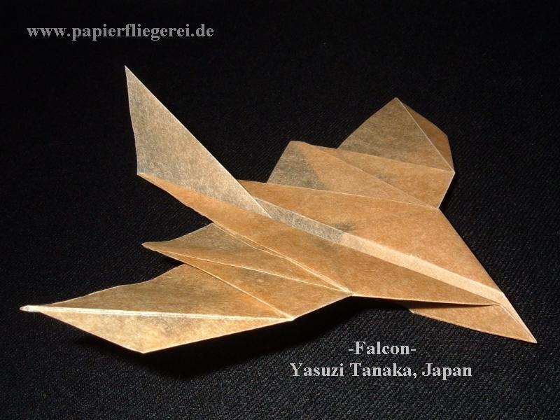 Papierflieger, Falcon-Japan